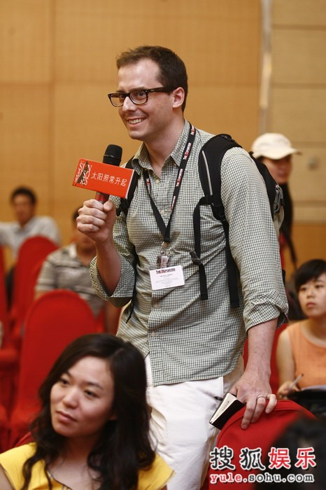 图:外国记者关注《太阳》 向姜文提问