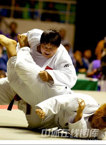 图文:2002年釜山亚运会 孙福明夺冠瞬间回放
