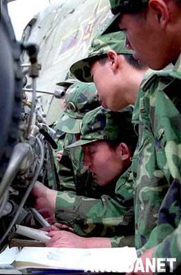 中国人民解放军陆军航空兵学院成立于1999年,担负着为全军陆航部