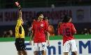 图文:[亚洲杯]日本5-6(点)韩国 茫然吃红牌