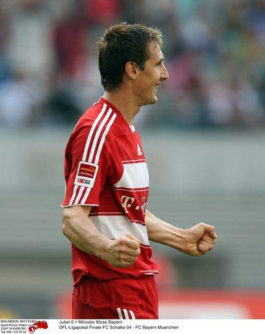 图文:[联赛杯]拜仁1-0沙尔克 完美的一天