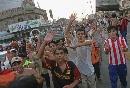 图文:伊拉克球迷狂欢死伤57人 广场汇聚人群