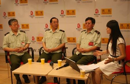 军博三位领导齐聚搜狐谈大型军事成就展