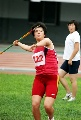 图文:全国田径锦标赛首金 奋力一掷