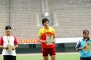 图文:全国田径锦标赛首金 优胜者的奖励