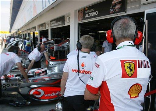 图文:[F1]匈牙利首次练习赛 法拉利队关注对手