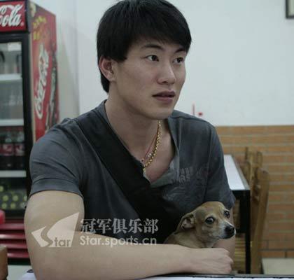张昊和他的 兄弟