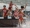 图文:田锦赛女子300米障碍跑 陕西朱艳梅领先