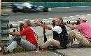 图文:[F1]匈牙利站末次练习 敬业的摄影记者