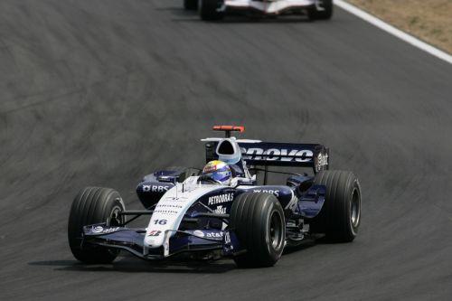 图文:[F1]匈牙利大奖赛正赛 罗斯伯格进行比赛