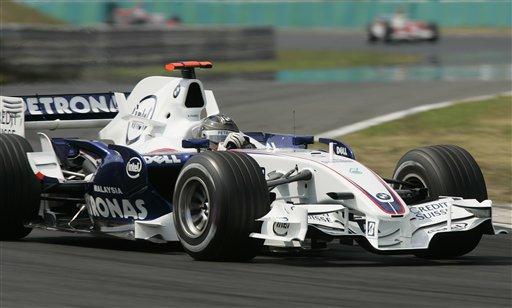 图文:[F1]匈牙利大奖赛正赛 海德菲尔德在比赛