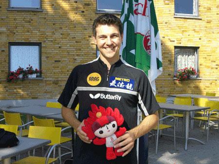 图文:专访德国乒乓球选手波尔 波尔兴致盎然