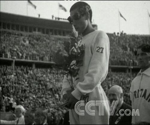 图文:CCTV《同一个梦想》 第十一届奥运马拉松