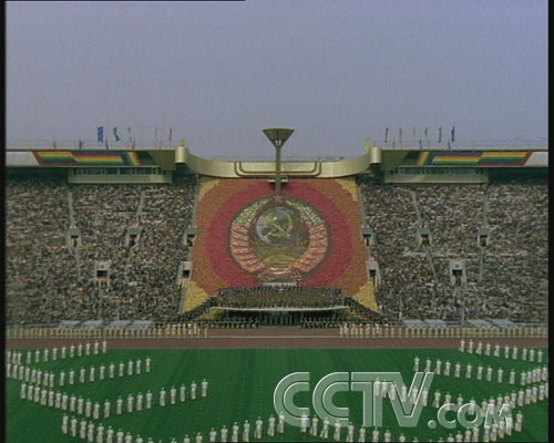 图文:CCTV《同一个梦想》 莫斯科奥运会开幕式