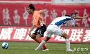 图文:[中超]陕西2-0武汉 吉奥森一往之前