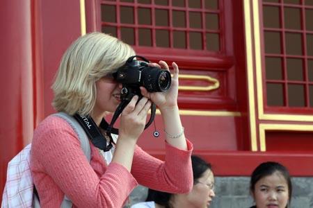 图文:奥运家庭游北京 故宫让外国家庭目不暇接