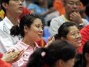 图文:奥运会射击选拔赛北京开赛 杜丽观看比赛