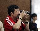 图文:奥运会射击选拔赛北京开赛 杨凌拍摄比赛