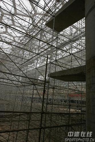图文:鸟巢水立方内部施工 国家游泳中心内景二