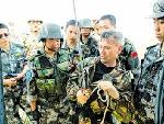 中俄两国特种兵合练前交流滑降经验
