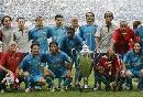 图文:[友谊赛]巴萨VS拜仁 巴萨集体庆祝胜利