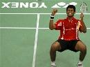 图文:[羽毛球]斯里德哈力克哈菲兹 庆祝胜利