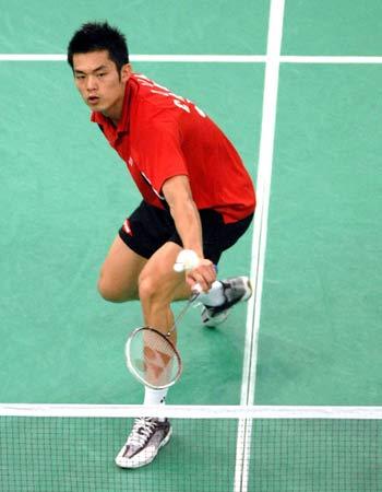图文:[羽毛球]林丹2-0黑马斯里德哈 从容不迫