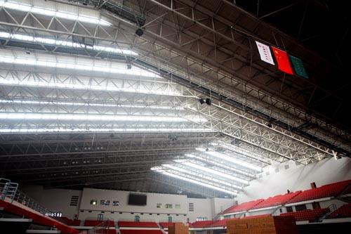 图文:农大体育馆完工 门框式结构带来良好采光