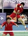 图文:[羽毛球]郑在成/李龙大晋级 凌厉攻势