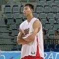 图文:[男篮]中国队苦练  阿联思考对策