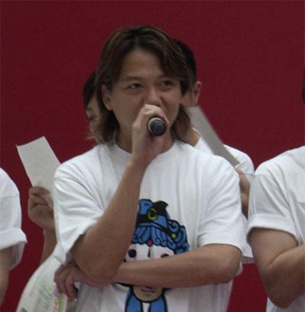 图文:奥运宣传助威团 团歌曲作者吴国敬发言