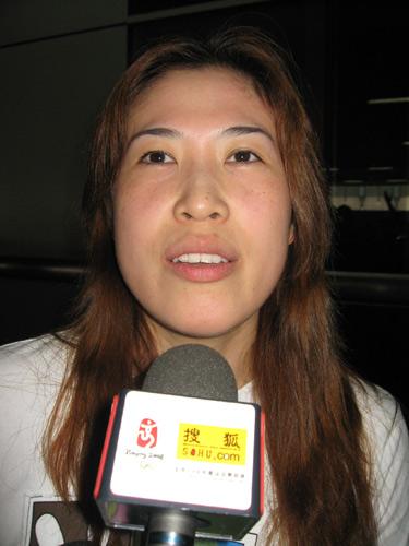 图文:国羽世锦赛归来 老将高崚期待2008