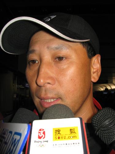 图文:国羽世锦赛归来 李永波教练总结世锦赛