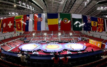 图文:07年世界青年摔跤锦标赛 农大体育馆内景