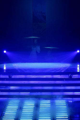 图文:2007青帆赛闭幕式 绚丽的舞台气势磅礴