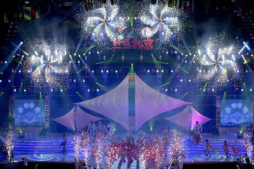 图文:2007青帆赛闭幕式 闭幕式谢幕舞蹈
