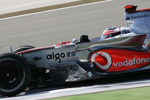 图文:[F1]土耳其站排位赛 阿隆索全速前进