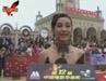 视频:李冰冰白礼服惊艳红毯 笃定获奖心情忐忑