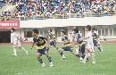 图文:[邀请赛]国青0-1韩国 双方积极拼抢