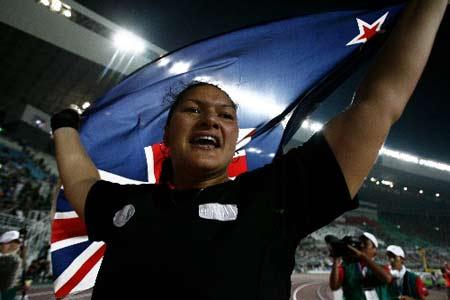 图文:田径世锦赛女子铅球 维利夺冠激动不已