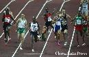 图文:男子1500米半决赛结束 难免会有人摔倒