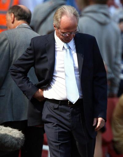 图文:[英超]阿森纳1-0曼城 埃里克森垂头丧气