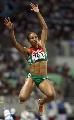 图文:俄罗斯选手包揽跳远奖牌 奇怪的空中动作