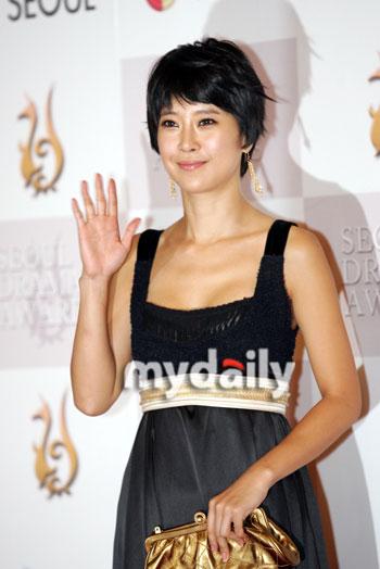 首尔电视剧盛典颁奖礼—— 白智英