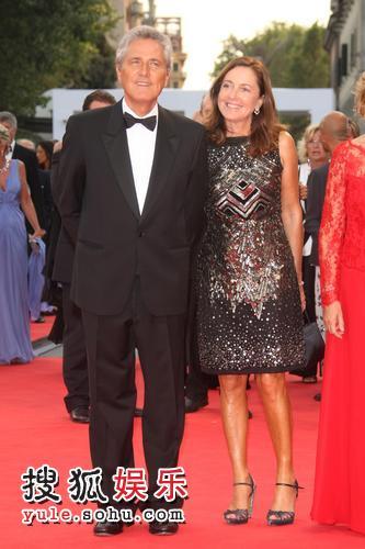 图:威尼斯影展开幕 意大利文化部长与妻子亮相