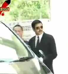 视频:朱家鼎今日火化 周润发前往吊唁安抚红姑