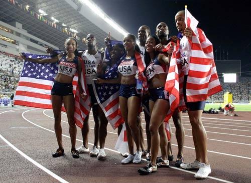 美国队包揽男女4*100米接力冠军