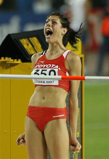 图文:瓦拉西奇摘金女子跳高 呐喊的瓦拉西奇