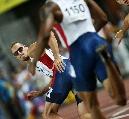 图文:男子4*400美国队大获全胜 瓦里纳回眸一笑