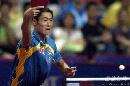 图文:乒乓球中国大奖赛 亚军王励勤回球瞬间
